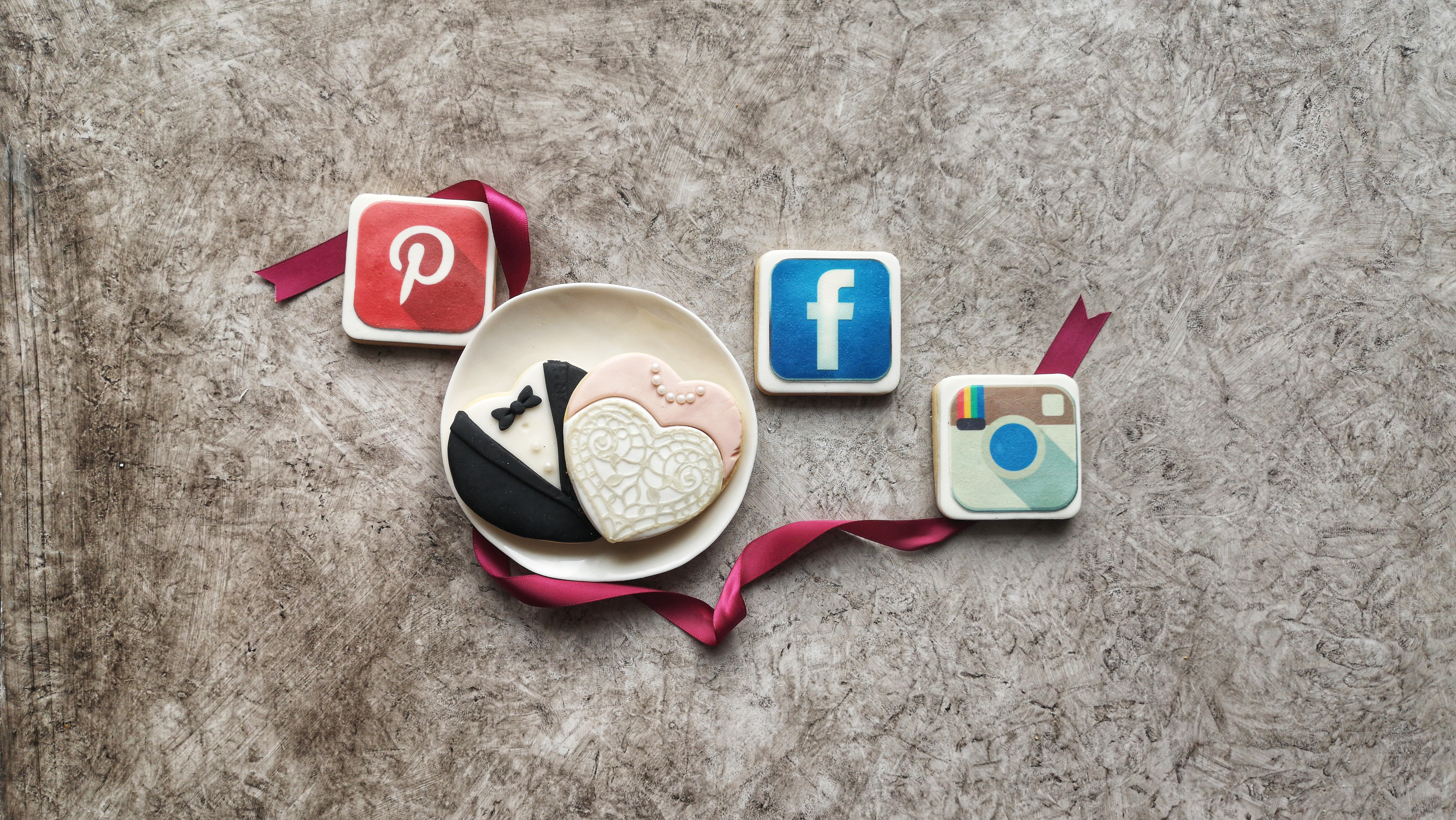Social media marketing wedding business